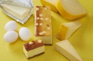デリーヌのゴロゴロチーズの満足ベイクドケーキ
